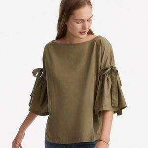 Lou & Grey Tie Sleeve Blouse in Olive | EUC